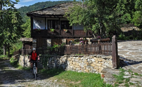 Monastery Cycling Tour (Bulgaria)