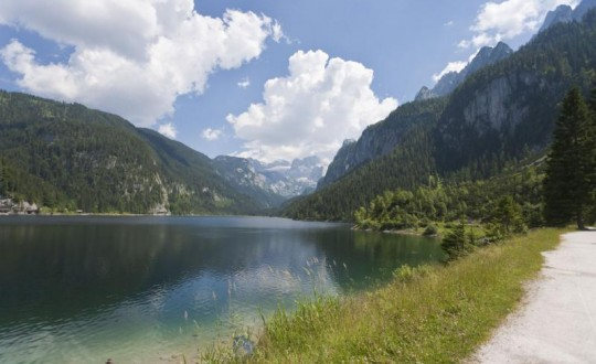 Self-Guided Austrian Lake Trekking in Salzkammergut