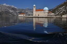 Gospa od Škrpjela (Our Lady of the Rock), Perast, Montenegro