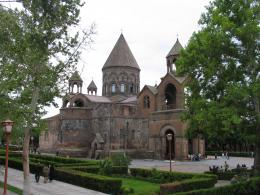Roundtrip in Armenia with Pengui Travel
