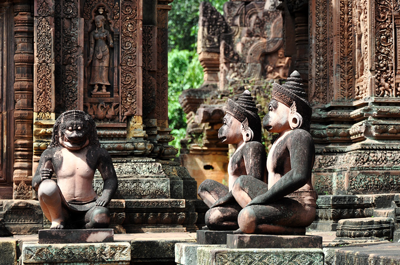 Cambodia: Culture and Sugar-white Sandy Beaches