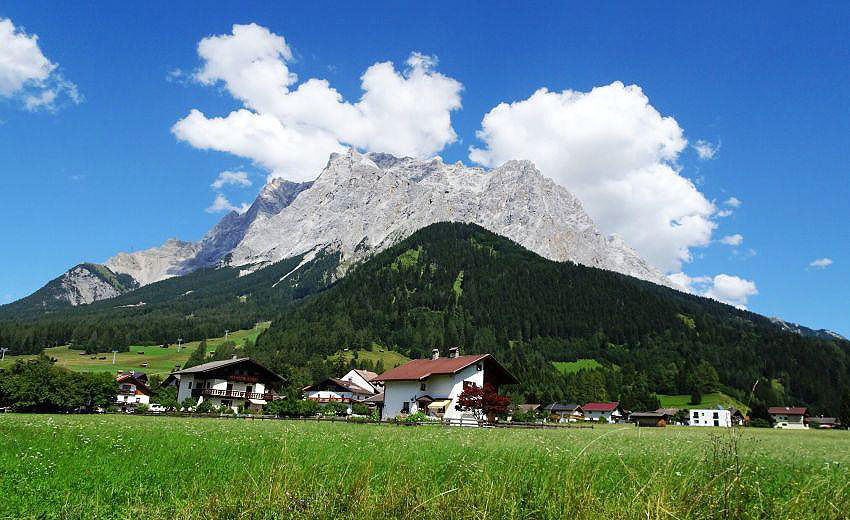 Around mount Zugspitze