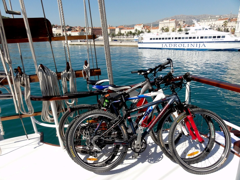 Cruise and Cycling in Croatia North of Split