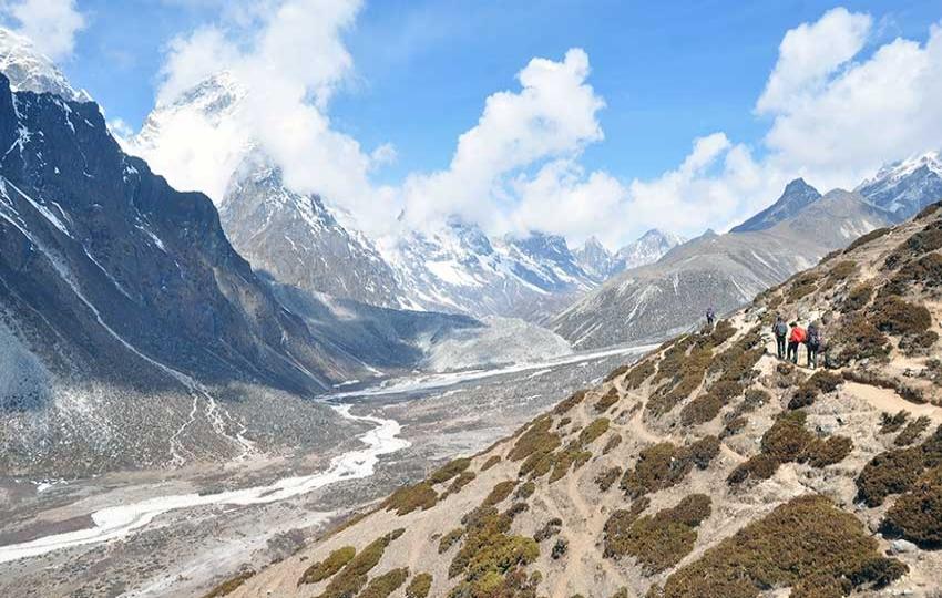 Trekking in Nepal - Everest Base Camp via Chola Pass and Gokyo Lake