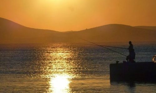 Self guided walking in Naxos and Santorini
