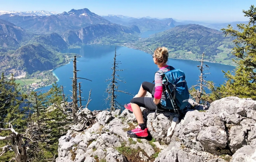 Self-Guided Austrian Lake Trekking in Salzkammergut