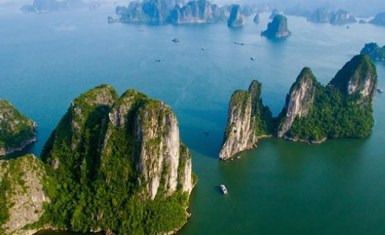 Sa Pa Trek & Halong Bay Cruise (Vietnam)