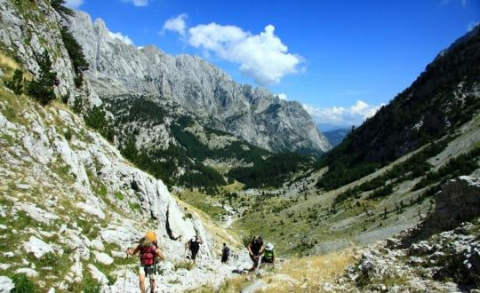 Peaks of the Balkans - Hiking Beyond Borders