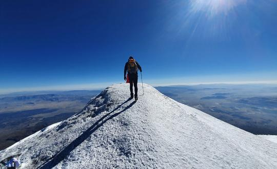 Climbing Mt. Ararat, 5165m (Turkey)